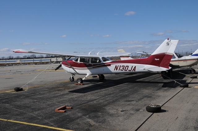 N324BR–SR-22 G5 Exterior